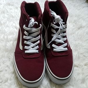 Vans Shoes - NWB Vans burgundy ward Hi shoes size 9
